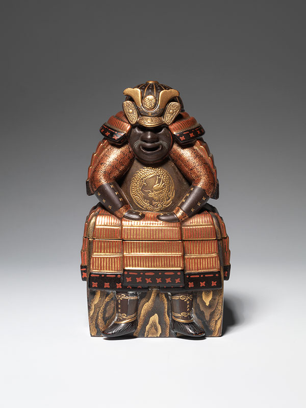 Lacquer kogo in the form of an armour box