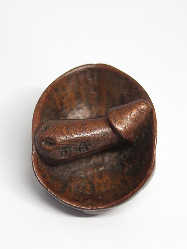 Yasuda wood shunga mask netsuke