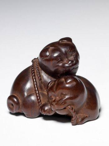 Jugyoku - netsuke of two puppies