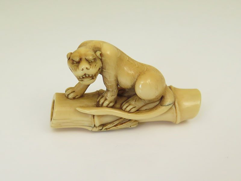 Unsigned fierce tiger netsuke