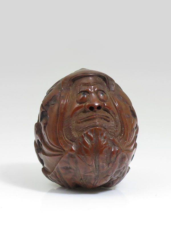 Unsigned netsuke walnut Daruma - Rosemary Bandini